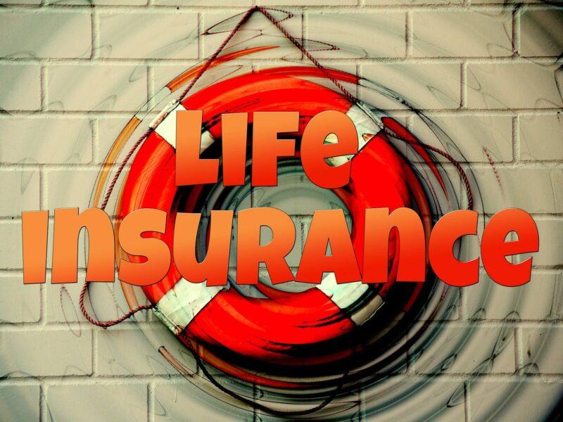 Що таке страхування життя? Як це працює? Задавайте свої питання